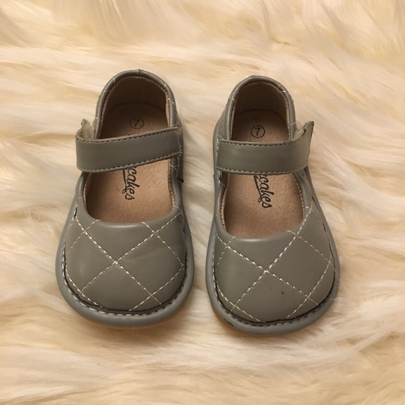 edcfeb16a9 Laniecakes Other - Gray Quilted Laniecakes Mary Janes Sz7 No Squeaker